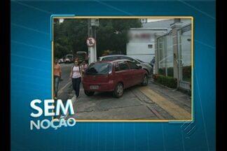 'Sem Noção' flagra carro estacionado em cima de calçada em Belém - Além de desrespeitar o Código de Trânsito, motorista prejudica a passagem dos pedestres.