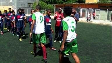 Copa SP sub-14 estreia ao estilo Copa do Mundo e com direito a Lepo Lepo - No fomrato do Mundial, garotos representam as seleções em São Paulo