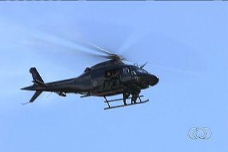PM faz operação com helicópteros para prender ladrões de carros em Goiânia - O Grupo de Patrulhamento Aéreo da Polícia Militar faz nesta quinta-feira (20) mais uma operação em busca de ladrões de carro. Um dos crimes aconteceu na Vila Redenção.