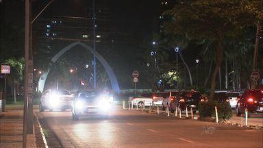 Avenida Dom Luiz recebe nova iluminação na próxima semana - Avenida recebe melhorias para implantação do novo binário.