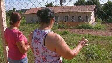 Falta de canil gera reclamação dos moradores em Porto Ferreira, SP - Falta de canil gera reclamação dos moradores em Porto Ferreira, SP.