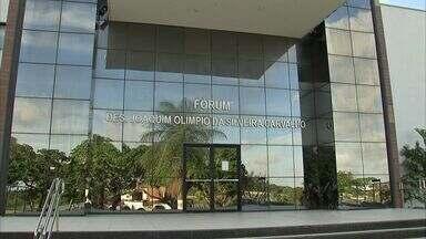 Decisão restringe defensores e promotores a utilizar entrada de comarca em Caucaia - Apenas o juiz poderá entrar pela porta dos fundos da comarca de Caucaia, na Grande Fortaleza.
