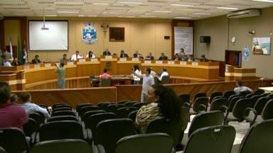 Vereadores apresentam relatório dos loteamentos irregulares - Em torno de três mil famílias não têm documento da casa