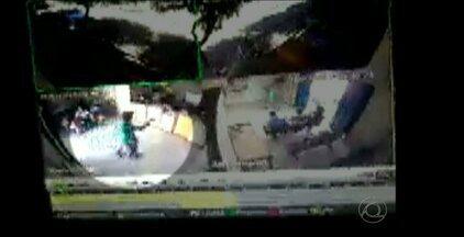 Agência dos Correios da cidade de Paulista, na PB, é assaltada por homens armados - Assalto aconteceu em horário de grande movimento na agência.