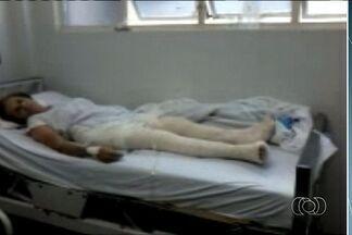Idosa sofre queda em shopping de Goiânia e fratura as duas pernas - Mulher aguarda há quatro dias por uma cirurgia no Hospital de Urgências de Goiás (Hugo). O estado de saúde dela é regular.