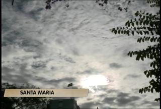 Sábado amanhece com temperaturas baixas em Santa Maria, RS - A mínima as oito horas da manhã foi de 15ºC na cidade.