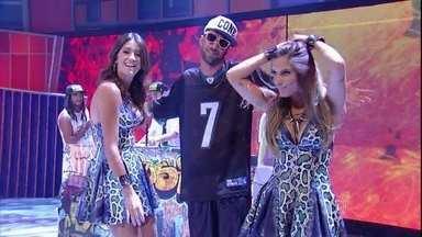 Com 'Rainha da Pista' Cone Crew canta no palco do Caldeirão - MC's soltaram a voz ao lado de fãs na plateia