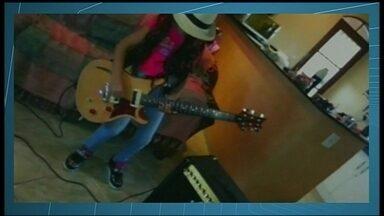 Guns N' Roses se apresenta no Ginásio Nilson Nelson nesta terça-feira (25) - Nesta terça-feira (25) também será a entrega da guitarra personalizada da banda para quem participou do concurso cultural do DFTV.