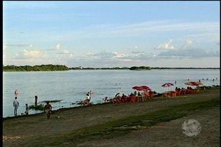 Jovem de 15 anos desaparece em Petrolina, quando tomava banho em uma ilha. - A jovem estava com amigos na Ilha do Pico.