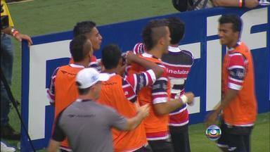 Em jogo de muitos gols Santa Cruz vence o Náutico por 5 a 3 - Léo Gamalho marca duas vezes e Izaldo faz gol contra