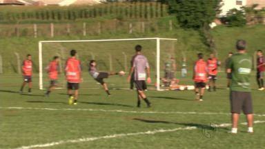 Maringá Futebol Clube se prepara para a semi final do Campeonato Paranaense - O jogo vai ser na próxima quarta-feira no estádio Willie Davids