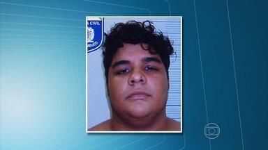 Jovem é preso em flagrante extorquindo dinheiro através da internet - O rapaz, de 19 anos, ameaçava divulgar fotos íntimas da vítima, uma mulher.