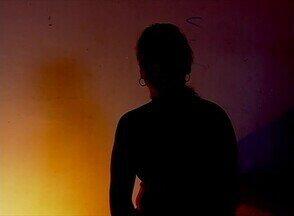 Mulher dependente de drogas faz atividades para deixar o vício - Alguns sinais podem ser observados para saber se alguma pessoa é dependente.