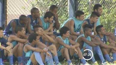 São José joga esta noite pela série A2 do Campeonato Paulista - O São José joga esta noite pela série A2 do Campeonato Paulista. A partida é decisiva. Se o time perder, pode ser rebaixado.