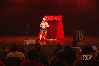 Sesc promove programação gratuita em comemoração ao Dia do Circo - Até o dia 30 de março serão apresentados espetáculos circenses.Evento promovido pelo Sesc é gratuito.