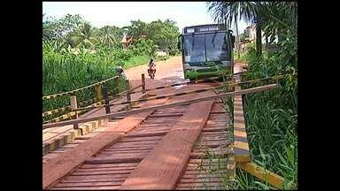 Moradores ameaçam interditar ponte do Urumari nos próximos dias - Segundo eles, a manifestação é por causa da falta de cumprimento da construção da estrutura de concreto.