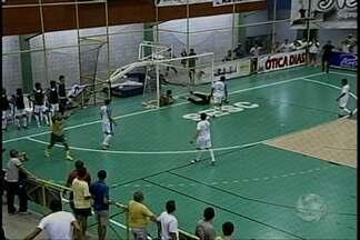 Ontem teve confronto pela Copa TV Grande Rio de Futsal - Se enfrentaram pela terceira fase da competição os times da Polícia Militar e Trindade e Juazeiro Futsal e Abaré