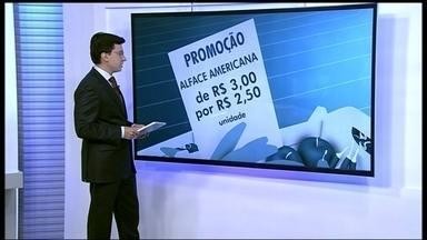 Veja as promoções dos produtos orgânicos no DF - A alface americana está em promoção. A unidade que custava R$ 3, sai agora por R$ 2,50. O preço da alface crespa caiu de R$ 2 para R$ 1,70. O maço da rúcula também caiu de R$ 2,50 para R$ 2.