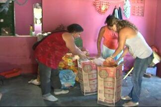 Trabalho voluntário e doações ajudam desabrigados em Santa Cruz Cabrália - As chuvas que caíram nos último dias na cidade deixaram mais de 900 desalojados e 50 desabrigados.