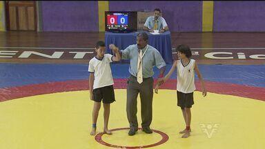 Competição de Luta Olímpica dos Jogos Escolares é realizado em São Vicente, SP - Esta foi a primeira etapa do torneio