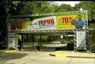 Feira da Promoção de Nova Friburgo, RJ, movimenta a economia da cidade - Fepro começa nesta quarta-feira (9) e vai até o domingo (13).Descontos chegam até a 70% em diferentes produtos e serviços.