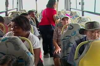 Moradores de Biritiba Mirim têm dificuldade com o transporte coletivo - Eles dizem que a empresa contratada emergencialmente para operar nas linhas oferece poucos horários aos passageiros.