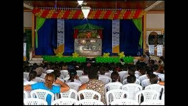 Teatro de fantoches é atração em Santarém - A XI Mostra do SESC tem atraido crianças de escolas públicas e vai apresentar 7 peças.