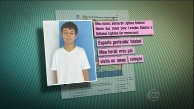 Certidão de óbito indica que Bernardo Boldrini morreu no dia 4 de abril - O menino desapareceu de casa, no Rio Grande do Sul, no dia 4 de abril. A polícia encontrou uma pá na casa de Edelvania Wirganovicz, amiga do pai e da madrasta de Bernardo. Os três estão presos.