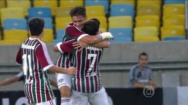 Fluminense estreia com vitória tranquila no Brasileirão diante do Figueirense - Torcida compareceu em bom número ao Maracanã.
