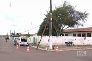 Em Codó, cerca de 300 telefones fixos de um bairro tiveram números trocados após conserto - Sistema estava sem sinal desde o início do ano.