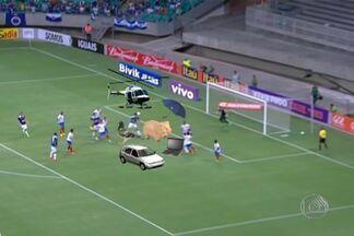 """Falhas da defesa do Bahia são destaque nos """"Gols dos Fantástico"""" - O tricolor baianos tomou dois gols idênticos, em duas cobranças de escanteio."""