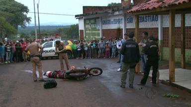 Homem é assassinado com mais de 20 tiros em Foz - Crime foi no sábado, em plena luz do dia