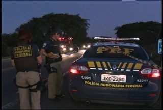 Uma mulher morreu em um acidente de trânsito em Santa Maria - Acidente foi na BR-392 na noite de domingo. Foi a ocorrência mais grave registrada nas estradas da região central do estado