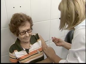 Dia 'D' contra a gripe ocorre neste sábado - Público pode procurar os postos de vacinação até as 17h.