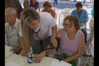 Ação de saúde em Campina Grande - Dia de combate à hipertensão e de vacinação contra a gripe.