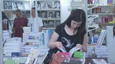 Feira do Livro começa em Poços de Caldas (MG) trazendo boas opções e cultura - Feira do Livro começa em Poços de Caldas (MG) trazendo boas opções e cultura
