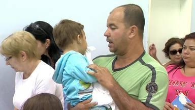 Dia D contra a gripe movimenta população em Juiz de Fora e São João del Rei - Ministério da Saúde estima que 80% do público alvo seja imunizado em todo o país. Campanha de vacinação prossegue até dia 9 de maio.