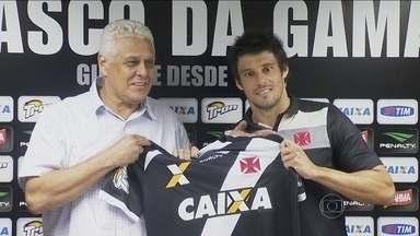 Vasco recebe Atlético-GO em São Januário com portões fechados sob olhar de novos reforços - Guilherme Biteco e volante Fabrício, ex-Cruzeiro e São Paulo, chegam por empréstimo a equipe cruz-maltina.