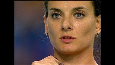 Veja como a ginástica artística ajuda atletas do salto com vara - A russa Yelena Isinbayeva começou na ginástica antes de ir para o salto
