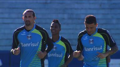Grêmio espera o fim de protestos de torcedores que incomodaram o pirata - Tricolor gaúcho enfrenta o Santos neste sábado (3).