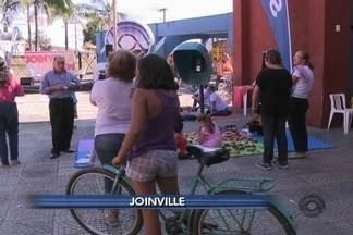 Despedida do bairro Itaum, zona sul de Joinville atraiu centenas de moradores - Próximo bairro a ser visitado pelo projeto já está definido.