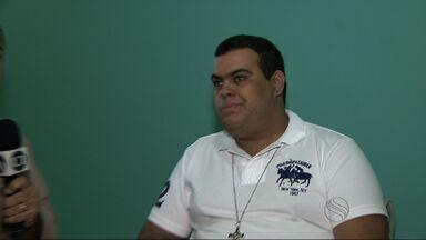 Cantor Rogério permanece internado na UTI do Huse - Cantor Rogério permanece internado na UTI do Huse