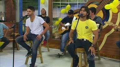 Munhoz e Mariano cantam Copo na Mão - A dupla se apresentou no palco do Meu Mato Grosso do Sul