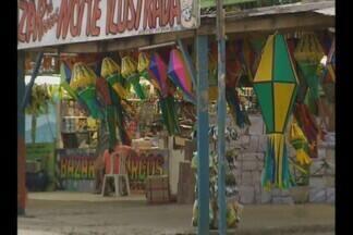 Ministério Público recomenda retirada de barracas que vendem fogos, em Campina Grande - Decisão preocupa vendedores.