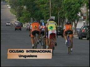 Grande Prêmio Internacional de Ciclismo é disputado em Uruguaiana, RS - 15 ciclistas da região e também da Argentina participaram da competição.