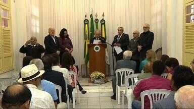 Academia de Letras faz homenagem a poeta sergipano - Academia Sergipana de Letras faz homenagem a poeta sergipano José Santos Souza.