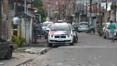 PM reforça policiamento na região de Guarulhos (SP) após noite de protestos - Viaturas reforçaram a segurança no bairro próximo do aeroporto Internacional. O protesto da noite desta sexta-feira (16), terminou em vandalismo e saque.