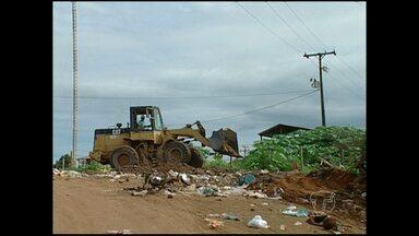 Secretaria de Meio Ambiente de Monte Alegre faz levantamento de áreas usadas como lixão - Terrenos particulares estão servindo para depósito de lixo.