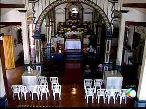 Igreja de Uberaba tem programação especial para dia de Santa Rita - Santa é conhecida por atendimento às causas perdidas e impossíveis. Construção centenária abriga museu com estátuas de santos católicos.