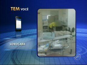 Pacientes dividem espaço com carrinho de cimento em hospital em Sorocaba - Um internauta flagrou na tarde desta quinta-feira (21) pacientes sendo atendidos em uma sala em reforma no Hospital Regional, em Sorocaba (SP).